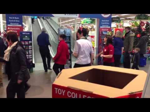 Tesco HomePlus Edinburgh Female Staff Dance The Slosh