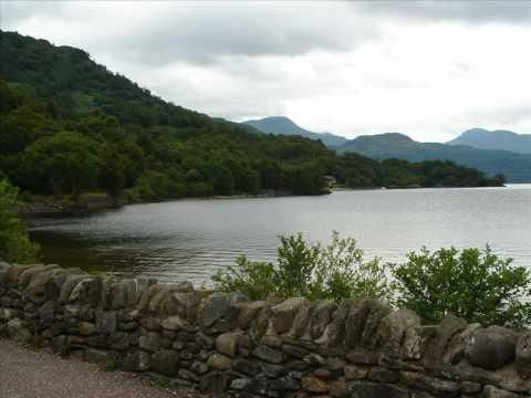 Scotland: Bothwell Castle And Urquhart Castle On Loch Ness