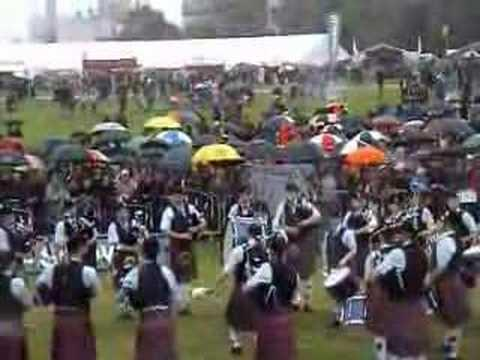 Clan Gregor Med World Pipe Band Champs 2007
