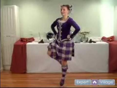 Scottish Highland Dancing For Beginners : Fling Performance In Scottish Highland Dancing