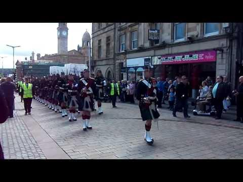 Argyll And Sutherland Highlanders (5 Scots) Marching Through Paisley June 2013