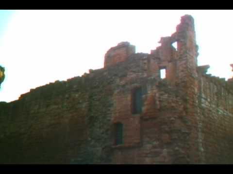 Scotland 2009: Family Reunion Chapter 2 - Bothwell Castle