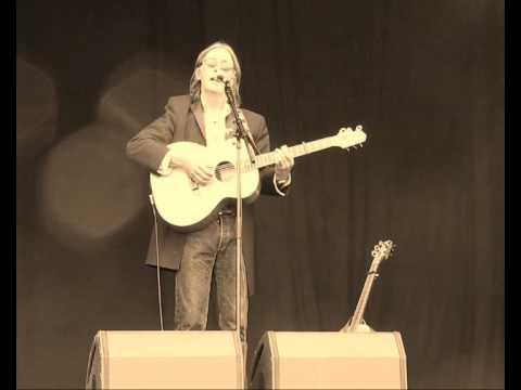 DOUGIE MACLEAN  - CALEDONIA Live @ THE GATHERING 2009