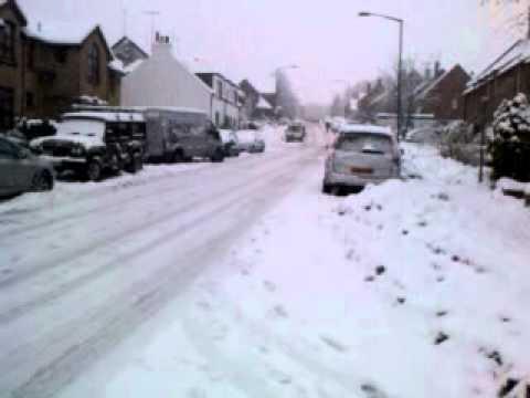 More Snow In Balfron 6 December 2010
