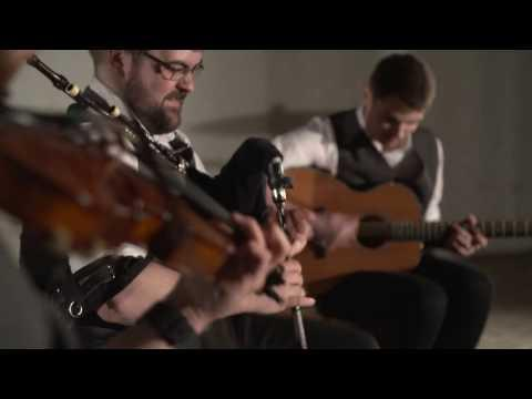 Foot Stompin' Ceilidh Band (4 Piece) - Strip The Willow
