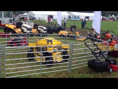 Demonstating A Ransomes Spider At The Drymen Show 2013