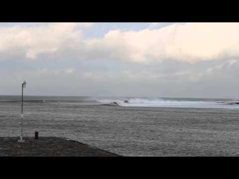 SURFING THURSO EAST WAVES JAN 2014