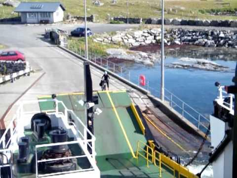 CalMac Ferry Returns For Lone Cyclist - Heroes!