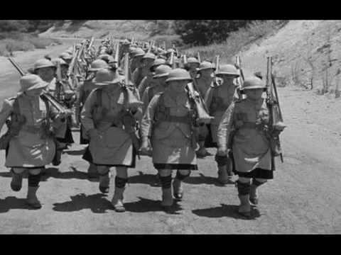 Laurel & Hardy - Bonnie Scotland