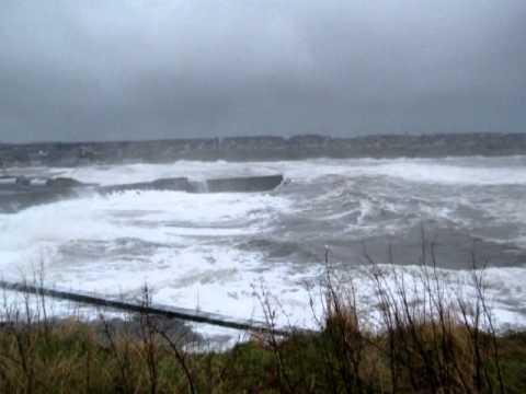 Huge Storm Hits Wick Bay - 15 December 2012
