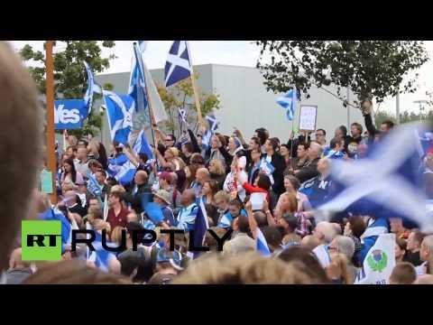 'Sack Nick Robinson!' Pro-indy Scots Denounce 'liar' BBC Journo In Protest