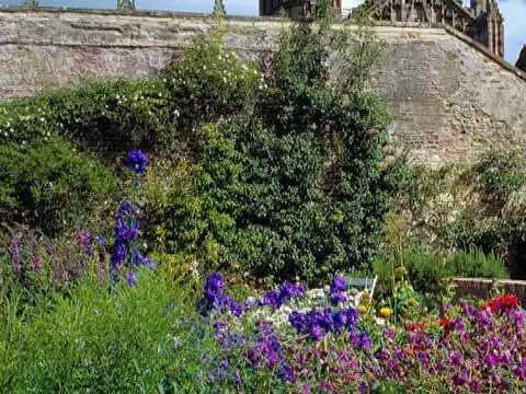 The National Trust For Scotland Walks - Priorwood Garden