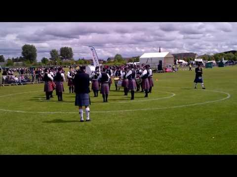 Bothwell Castle Pipe Band At Paisley